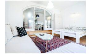 Apartman Theatar